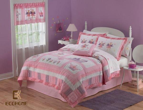 phòng ngủ màu hồng cho bé gái (3)