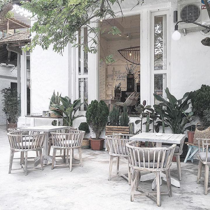 Jouri Dessert & Tea- Quán cafe ngoài trời đẹp ở Hà Nội (1)