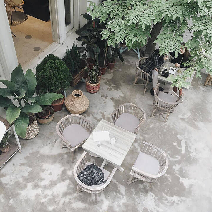Jouri Dessert & Tea- Quán cafe ngoài trời đẹp ở Hà Nội (2)