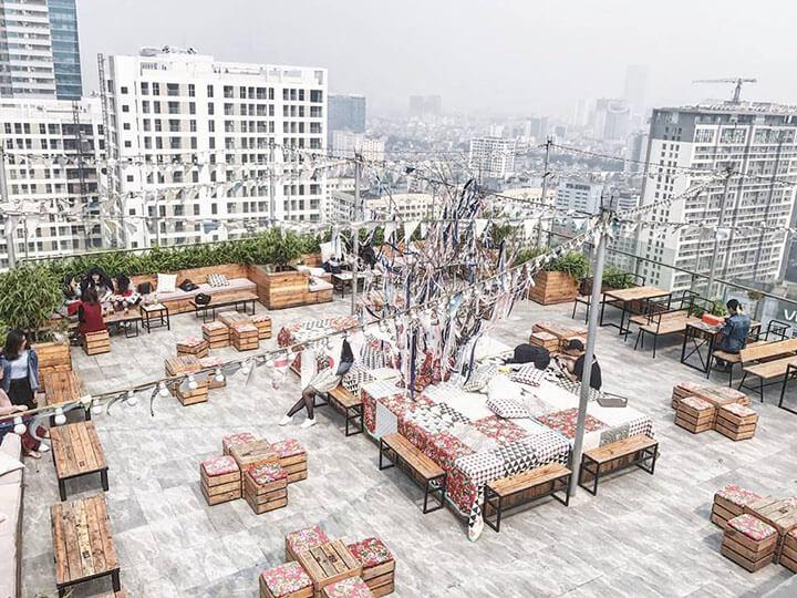 Trill Rooftop Cafe- Quán cafe ngoài trời đẹp ở Hà Nội (1)